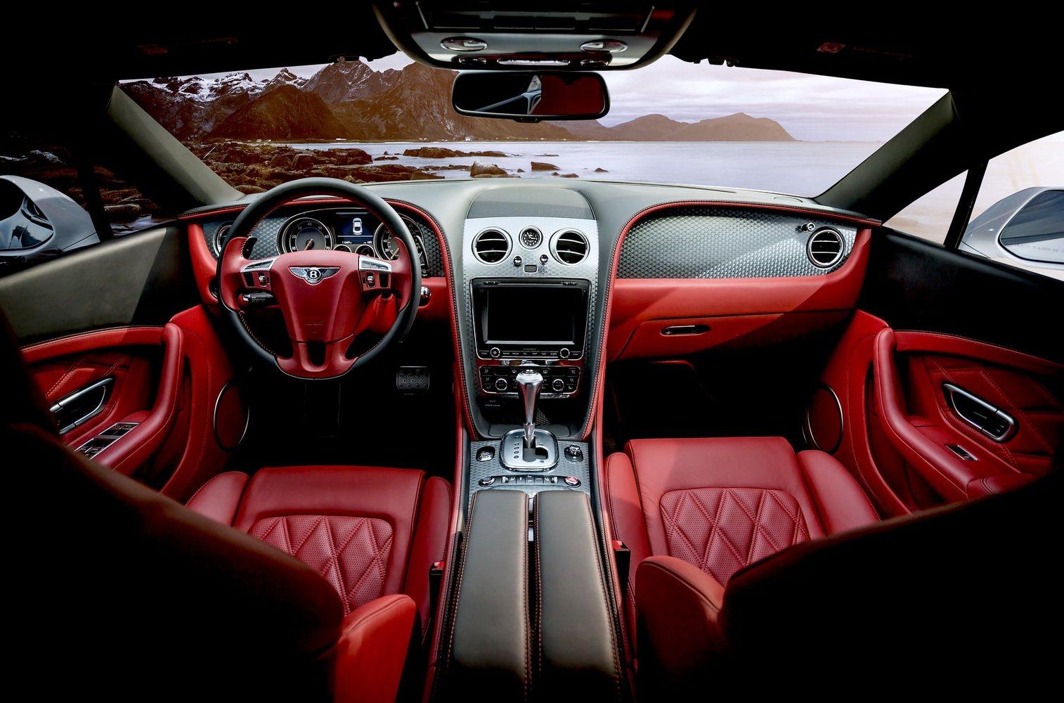 """Bentley - """"najszybsza ciężarówka świata"""""""