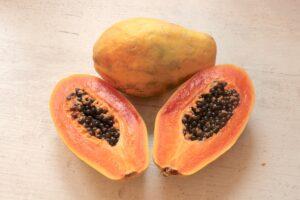 papaja - owoc egzotyczny