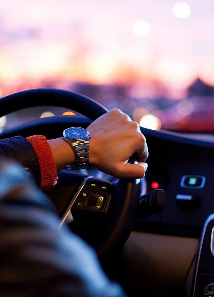 Nie trać czasu w korku! 4 porady, jak produktywnie wykorzystać czas na zatłoczonej ulicy