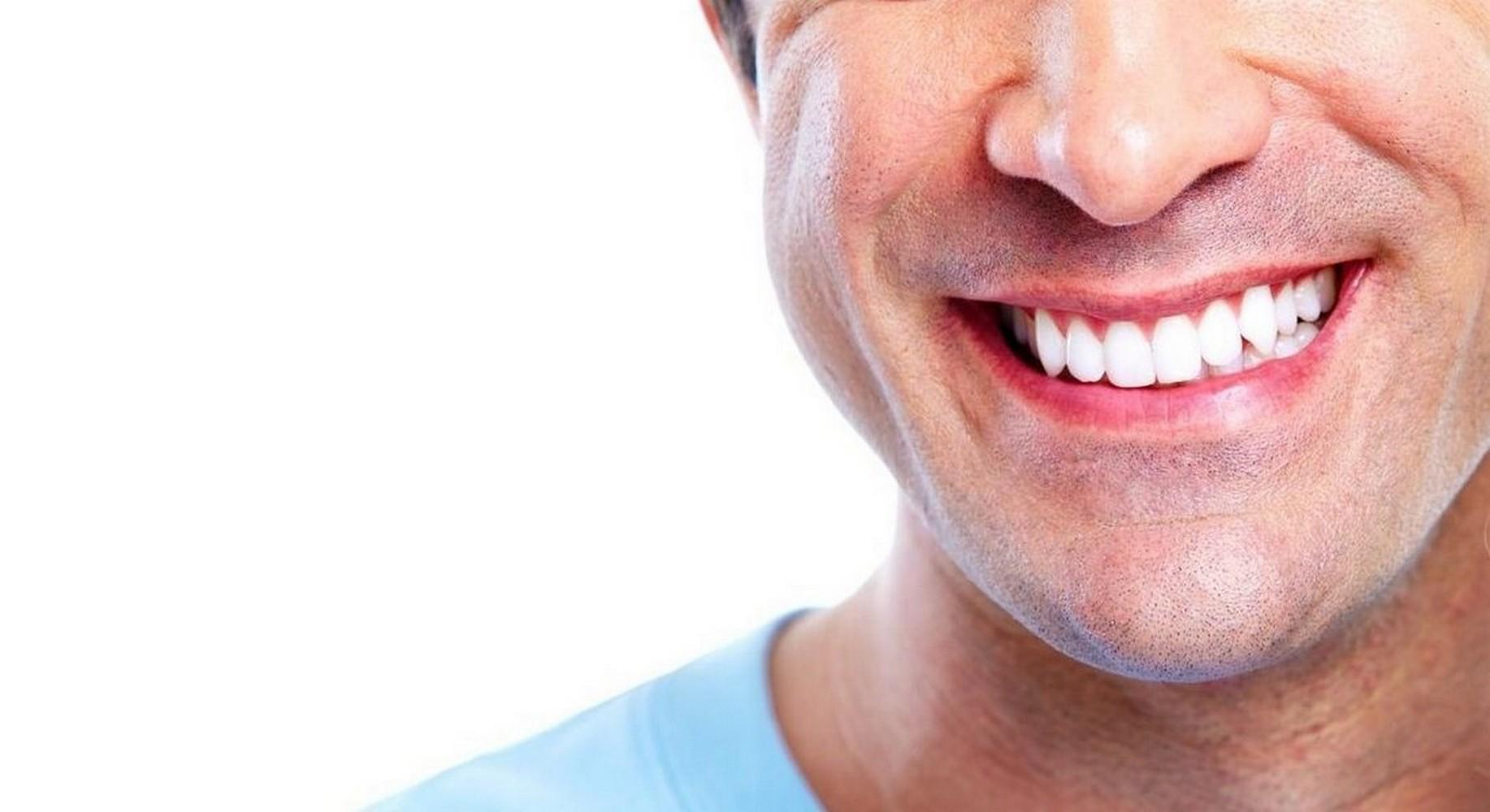 Hollywoodzki uśmiech, czyli jak dbać o zęby - MrGentleman.pl