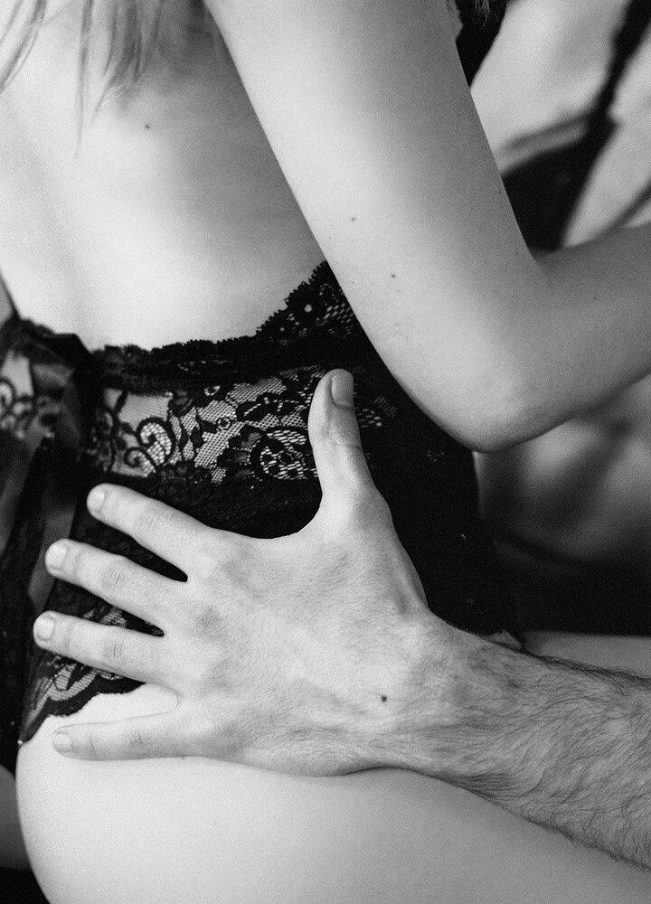 """""""Jesteś najbezpieczniejszym partnerem seksualnym"""" – o seksie w czasach Covid-19"""