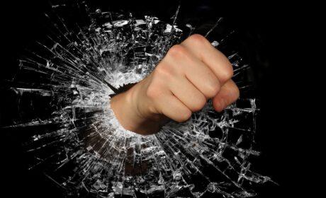 Masz czasem problem z zapanowaniem nad swoją złością? Sprawdź, jak ją ujarzmić