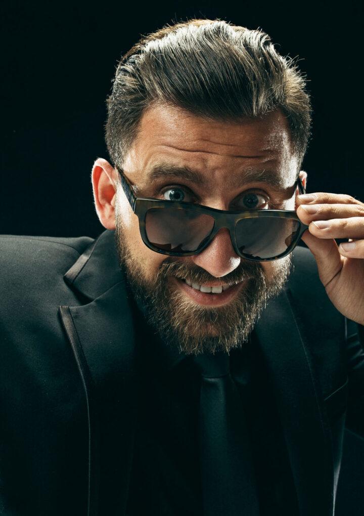 Męskie okulary przeciwsłoneczne – o prawdziwych i nieprawdziwych szkłach przeciwsłonecznych słów kilka